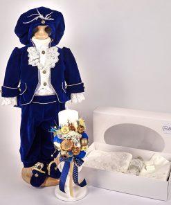 costum botez prinț albastru din catifea cu trusou si lumanare